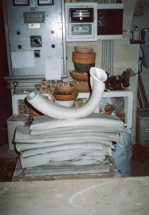 Processi di lavorazione di sculture.