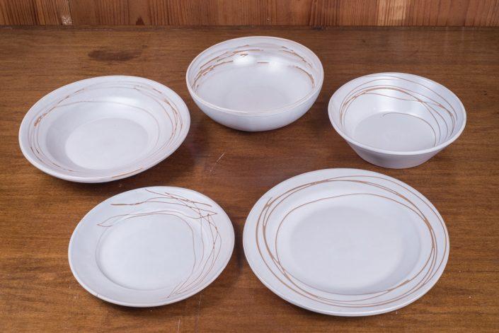 """Piatti da tavola collezione """"Bianco inciso"""" (scodella,scodella svasata,piatto piano,piatto frutta)"""