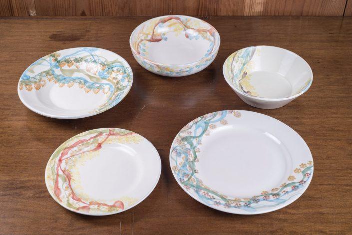 Piatti da tavola collezione Fantasy (scodella,scodella svasata,piatto piano,piatto frutta,piatto fondo)