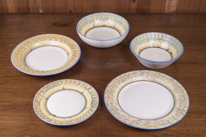 Piatti da tavola collezione Paesaggio(blu),disponibile in vari colori. (scodella,scodella svasata,piatto piano,piatto frutta,piatto fondo)