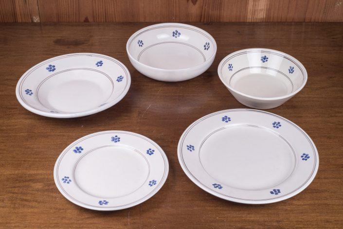 Piatti da tavola collezione Tradizionale stelline (scodella,scodella svasata,piatto piano,piatto frutta,piatto fondo)